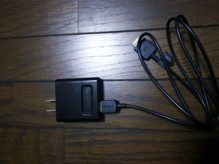 USBケーブルにアダプターをつける