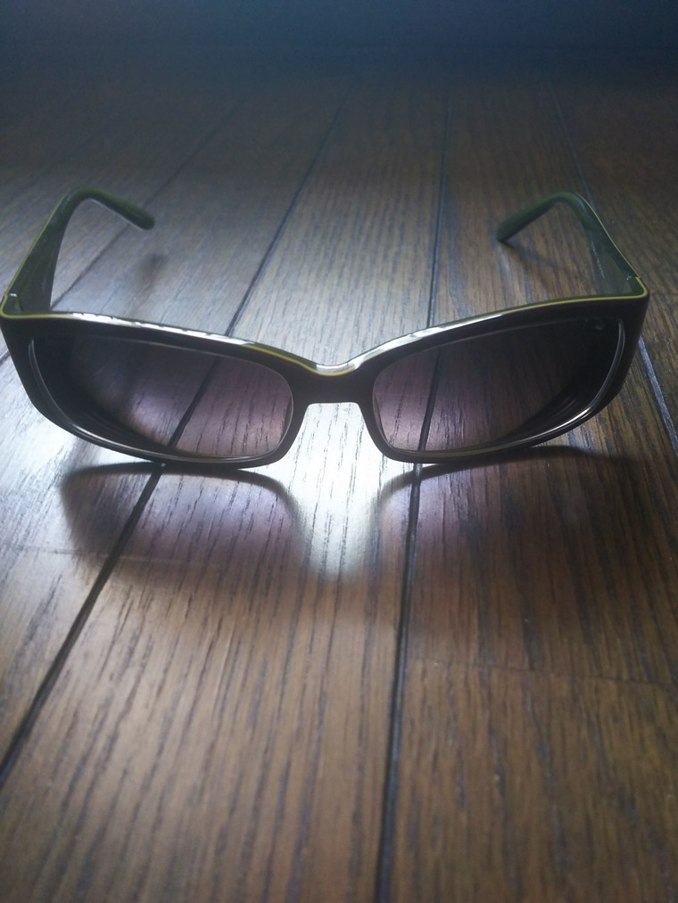 愛用のサングラス