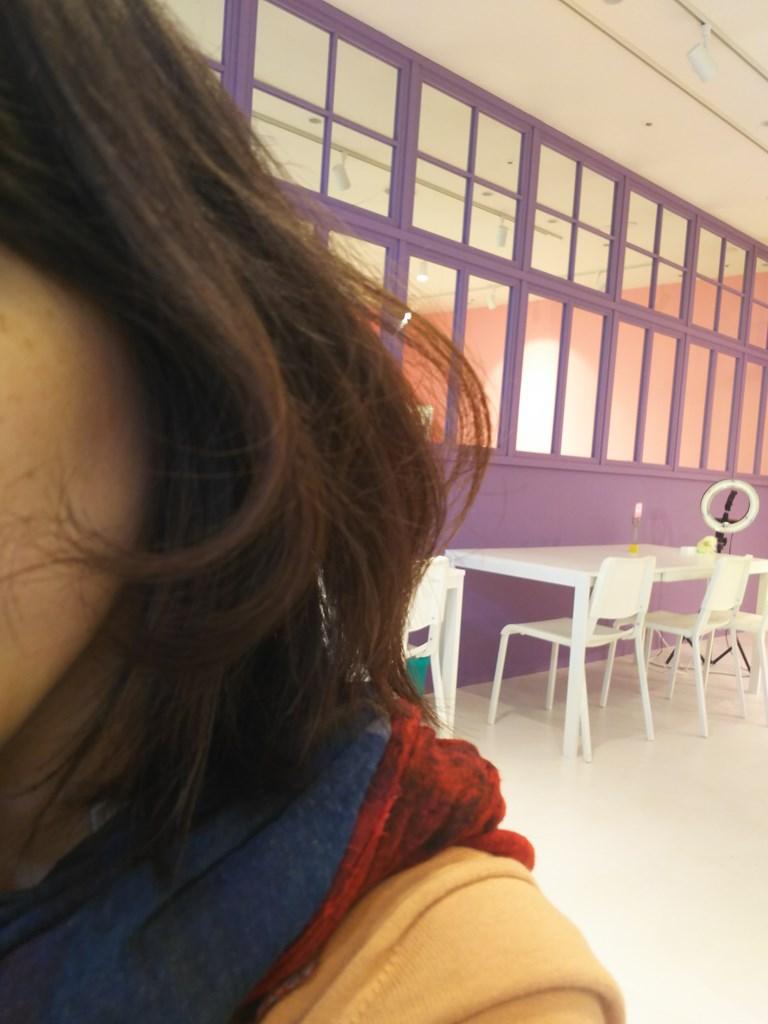 アイロンで巻いた髪