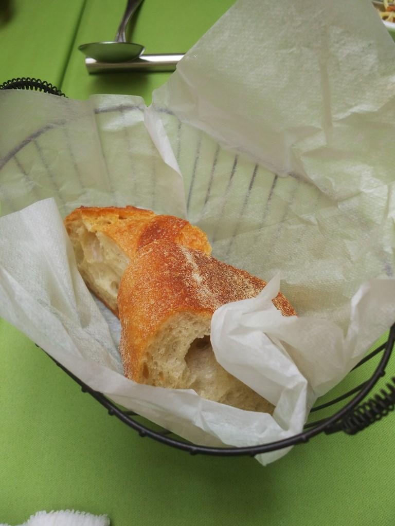 ラ・クチネッラ・ディ・ヤマモトのパン