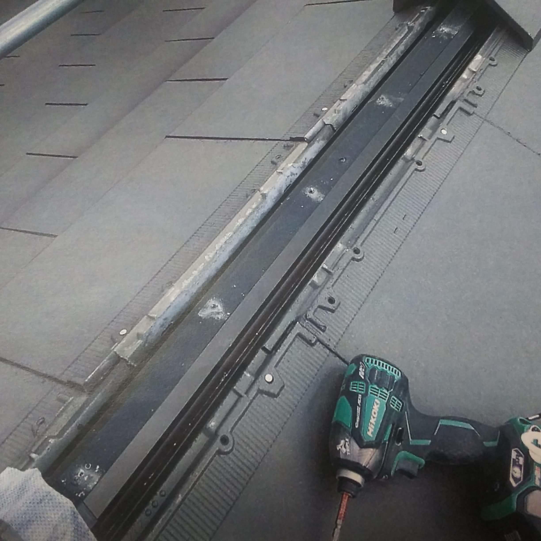 作業途中の屋根